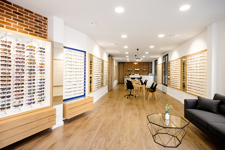 Agencement de magasin d'optique à Chelles, Mobilier d'opticien par Optic Design